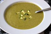 Soupe froide aux courgettes et céleri